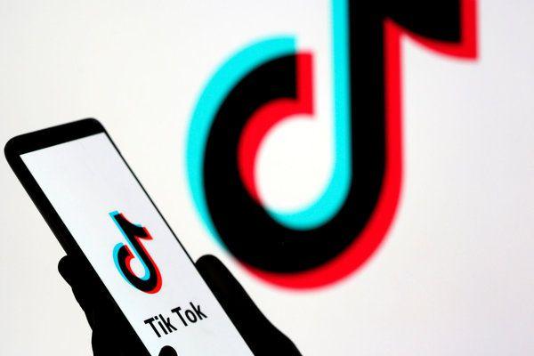 تطبيق Tik Tok يتجاوز فيسبوك و مسنجر و إنستغرام!