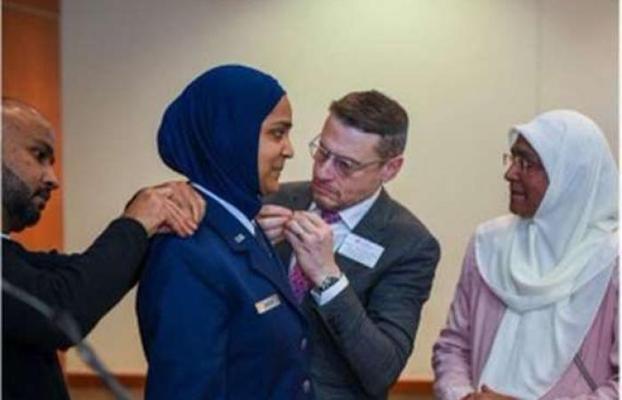 أخبار العالم : لأول مرة.. تعيين فتاة مسلمة واعظة دينية في الجيش الأمريكي
