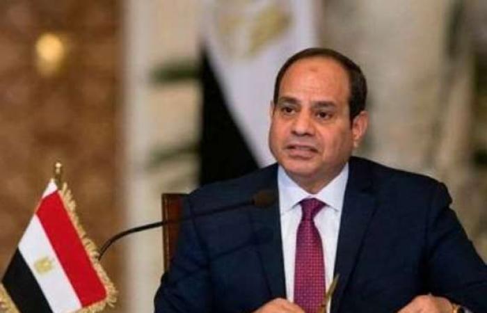 """سياسة : تفاصيل الاتصال الهاتفي بين """"السيسي"""" ورئيس """"السيادي"""" السوداني"""