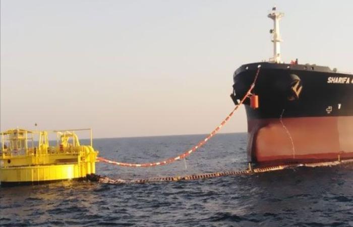 إقتصاد : تشغيل المنظومة الجديدة للشحن البحري بميناء الحمراء البترولي فى العلمين الجديدة