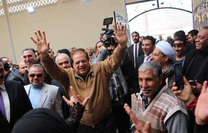 أخبار مصر : «أبو العينين» يلتقي أهالي البكباشي والقصبجي ومساكن الساقية في الجيزة (فيديو)