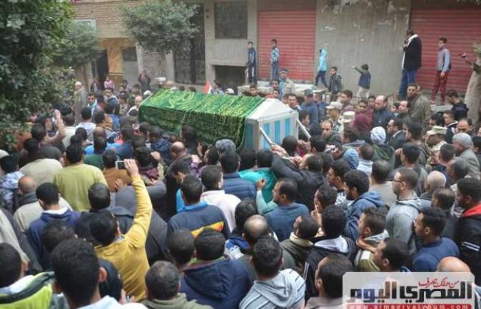 حوادث : الآلاف يشيعون جثمان أحد «شهداء سيناء» بمسقط رأسه بشربين