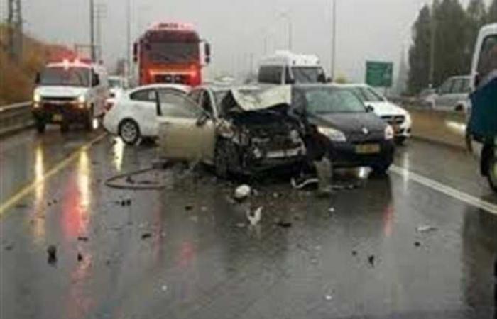 حوادث : إصابة 16 شخصًا في حادث تصادم سيارتين بالشرقية