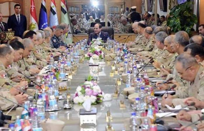 """سياسة : """"الديهي"""": ترؤس السيسي اجتماع القوات المسلحة رسالة ردع"""