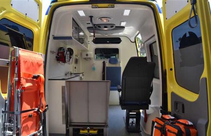 حوادث : إصابة طفلة سقطت من «بلكونة» الطابق الثالث على سيارة ببنها