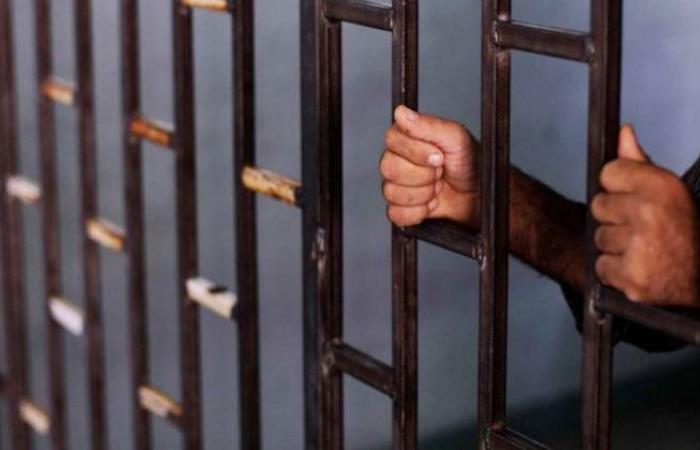 أخبار الحوادث : استمرار حبس عامل قتل زوجته في المنيا