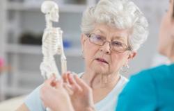 صحة : سبب غريب ومثير للدهشة للإصابة بهشاشة العظام